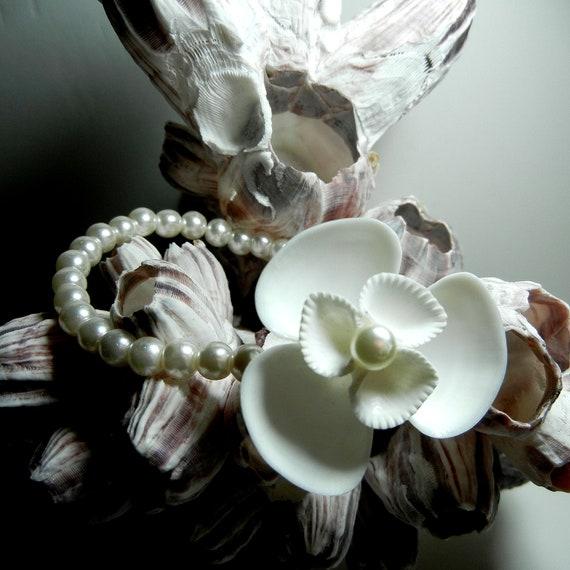 Seashell Wrist Corsage - Seaflower Seashell Pearl Wrist Corsage Beach Bracelet