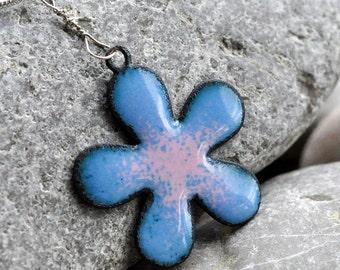 enamel pendant, flower, handmade, accessories, coolvintage, collectibles, gorgeous, looks great, unique, Jul 04