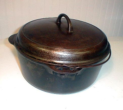 Vintage Griswold Erie Cast Iron Dutch Oven By