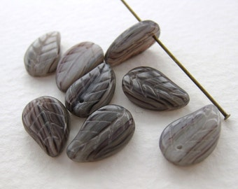 Vintage Glass Beads Amethyst Striped Leaves Top Drill 15mm vgb0487 (8)