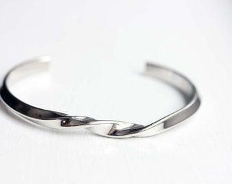 Twisted Silver Cuff