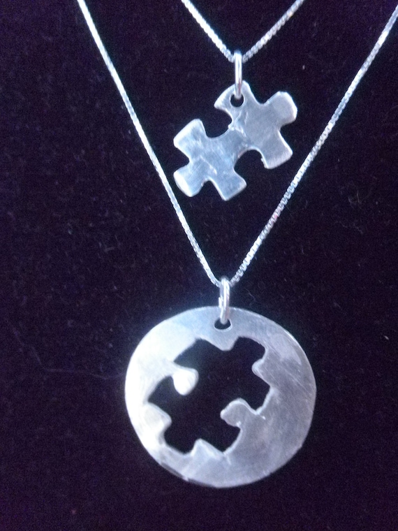 Mother Daughter Puzzle Necklace Set, Mom and Daughter matching necklace set, Puzzle necklace set, Mother Daughter Autism set,