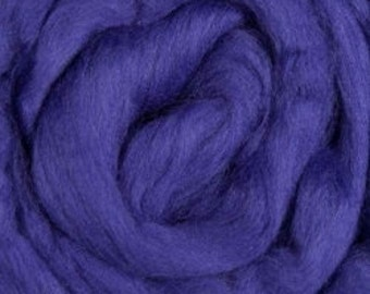 Merino Wool Roving Violet 4 ounces