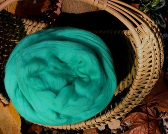 Merino Wool Roving, Jade, 4 ounces
