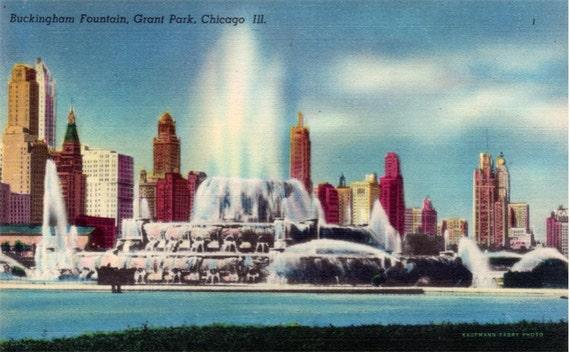 Vintage Chicago Postcard - Buckingham Fountain in Grant Park (Unused)