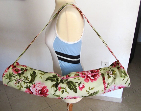 Zippered yoga pilates or exercise mat bag