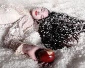 POISON APPLE Body Mist - crisp red apple enchanted with effervescent champagne & red hot cinnamon 4oz NEW for fall 2012