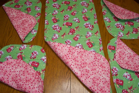 4 runner Valentines and Reversible reversible table Runner  Table Christmas and Placemats christmas