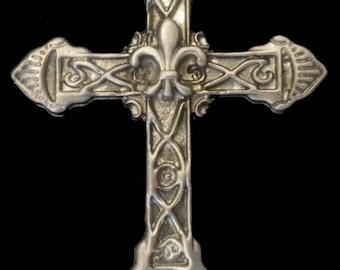 CR-19 Fleur-de-lis Cross