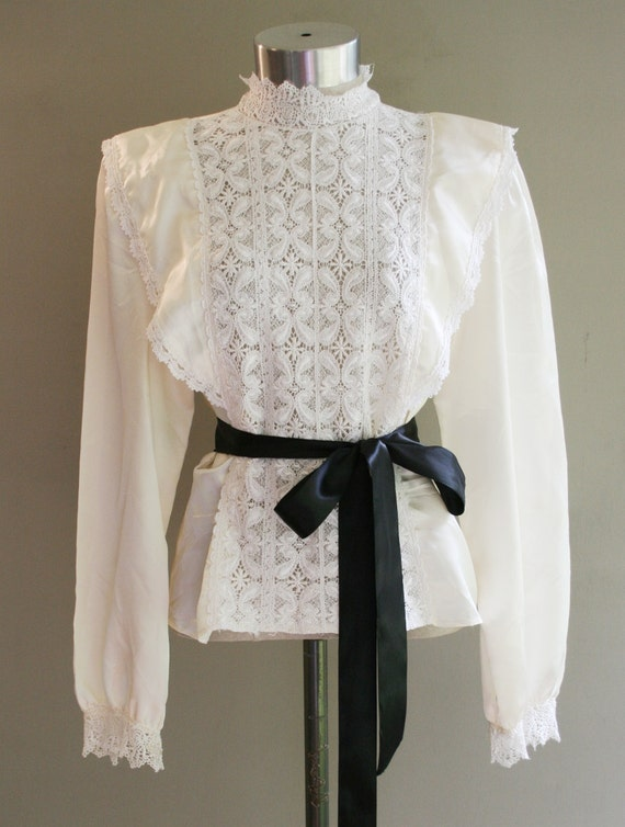 The New Victorian - Circa 1980's - Ivory Lace front Blouse - Steampunk - by Illustrations