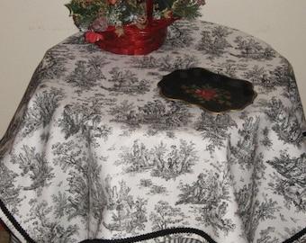 """PR Design Jamestown Toile Table Cloth Topper - 34"""" Square"""
