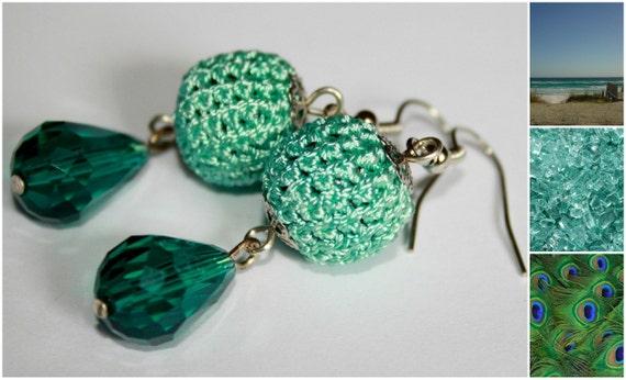 Ocean waves - emerald green hand crocheted earrings with crystal teardrop beads