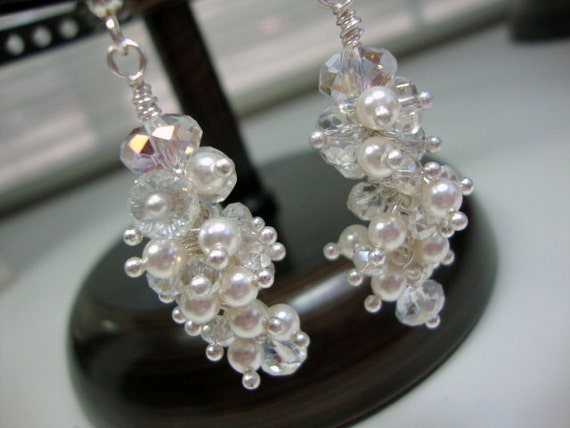 Tiny Pearl and Crystal Elegant Earrings Bridal Wedding Bridesmaids Earrings