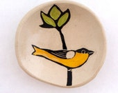 Goldfinch on Chartreuse Flower Dish
