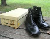 FANTASTIC vintage Black Florsheim Biker  Mens 9 BOOTS with Original Box