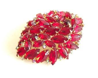 Vintage Brooch Red Rhinestones - Costume Jewelry Retro 1950 - Vintage Jewelry