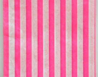 Set of 100 - Traditional Sweet Shop Pink Stripe Paper Bags - 7 x 9