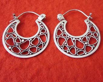 Balinese classic shape Silver Hoop Earrings / 1.2 inch / silver 925 / Handmade Bali jewelry