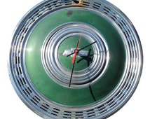 1970 Chevrolet Caprice Monte Carlo Hubcap Clock - Classic Car Wall Clock - Chevy Bowtie - Green Clock