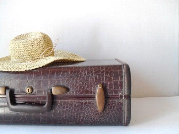 Vintage Samsonite Suitcase Alligator Style