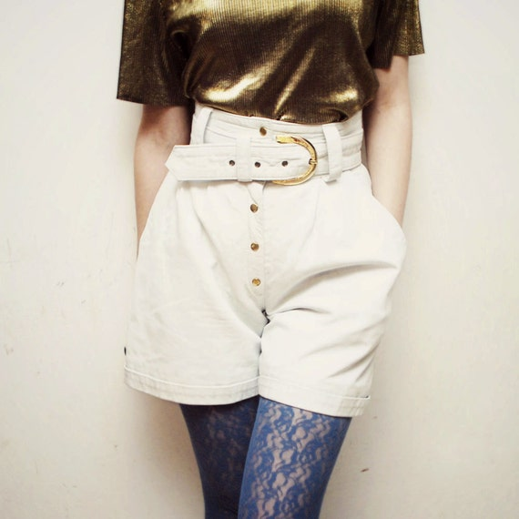 SALE...80s high waist ivory LEATHER shorts with golden buckle belt - xxs, xs
