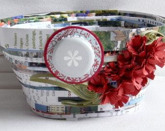 Bottle Brush Basket - square paper bowl