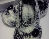 Ladies Slippers......in Black and White, in YOUR size