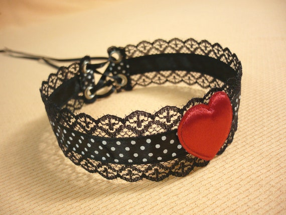 Pin Up and Rockabilly Choker with Polka Dots, Black Red and White,Halloween,Lace Necklace with Heart, Kawaii, Gothic Lolita Neck Piece