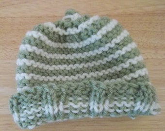 Hat - Hand Knitted Newborn Baby Hat - Preemie Hat - in Green and White