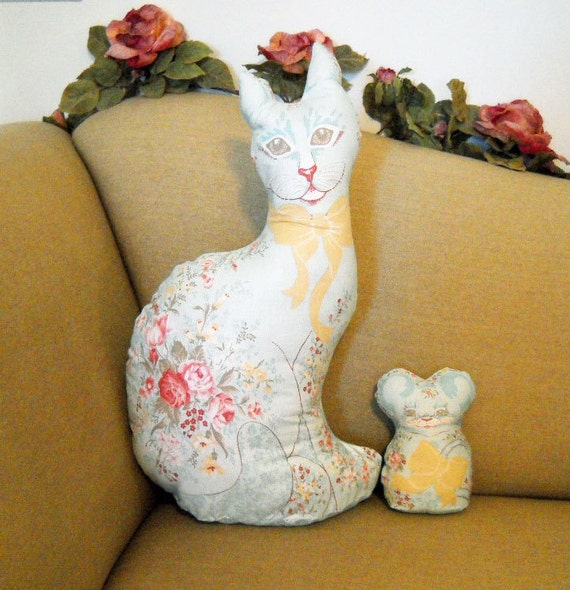 Victorian Shaped Pillows : Victorian Pillows Cat and Mouse Shaped Pillows Free Shipping