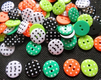 30 pcs - Cute Retro Polka Dot Buttons 2 hole -  size 15 mm