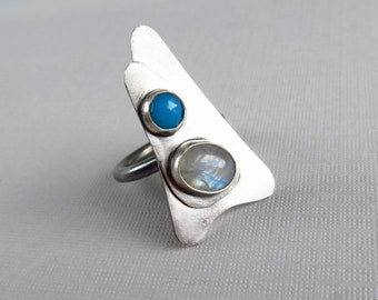 sterling silver cocktail ring with blue chalcedony and rainbow moonstone
