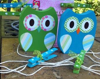 Owl art display, wooden owls, kid's art display, owl playroom decor, mudroom decor, owl wall art, owl wall hanging, kid's art hanger