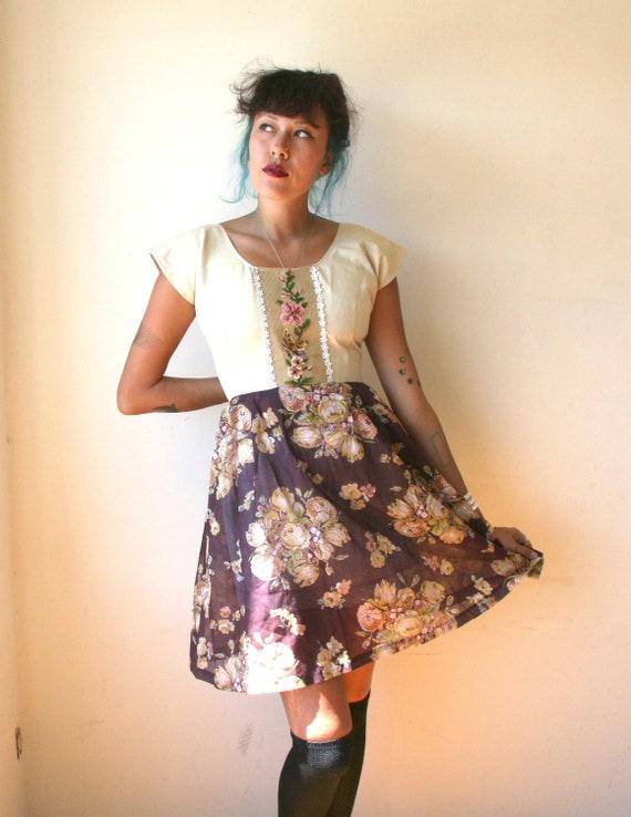Boho Needlepoint Floral Mini Dress Sz M