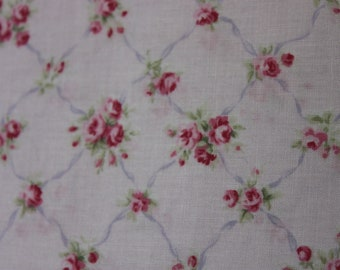 Yuwa Pink Rose Trellis Cotton Fabric Tiny Pink Roses  CR816082