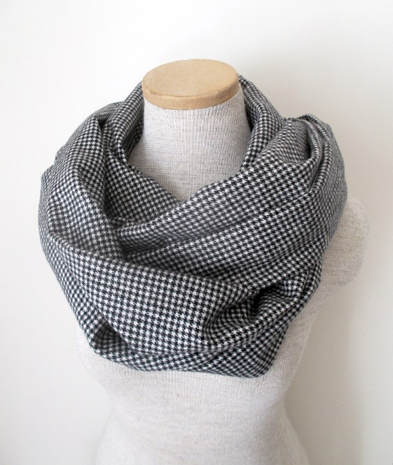 Black and White Houndstooth Flannel Cotton Cowl Loop Infinity Scarf - Unisex