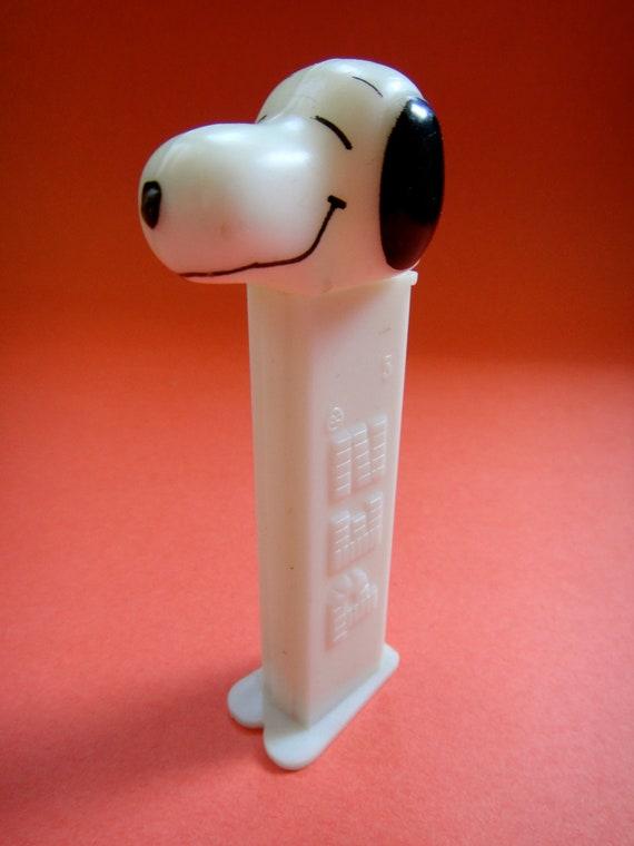 Vintage Snoopy Pez Dispenser