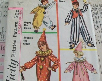 CLEARANCE - 1965 Costume pattern, Simplicity, clown, clown costume, pattern, 1960s, children, child, boy, girl