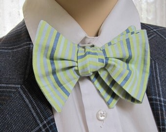 Men's Bow Tie Green Striped