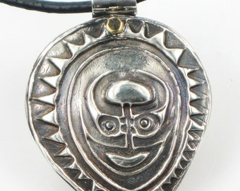 Moaori Tribal Shaman Ancestral Sepik Spirit Shield - New Zealand Sepik Maori Tribal Warrior Shield Fine Silver Shield Pendant - Pendant Gift