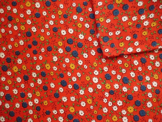 Vintage Fabric 80's Red, Cotton, Small, Floral, Printrd, Material 240 FreshandSwanky on Etsy