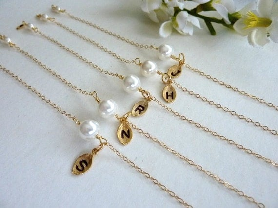 Simple Bridesmaid Bracelet - White Pearl with Personalized Initial Letter Bracelet in 14 Gold Filled Chain