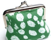 Kelly green coin purse with white spots Emerald green - SeventhSphere