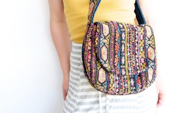 Vintage Tribal Geometric Carpet Bag FASHIONED BY GRANAE / Crossbody Purse / 1970s