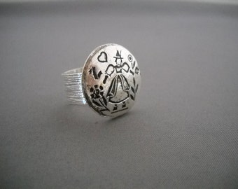 Vintage silver button ring