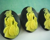 3pc-- 40x30mm side profile Victorian woman oval cameo