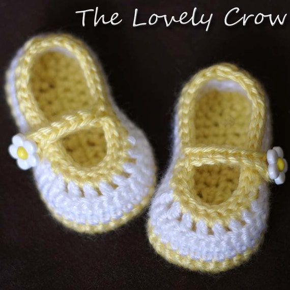 Newborn Booties Crochet Pattern for Baby Teaparty Maryjanes -  4 sizes - Newborn to 12 months. 2 strap style options included. digital