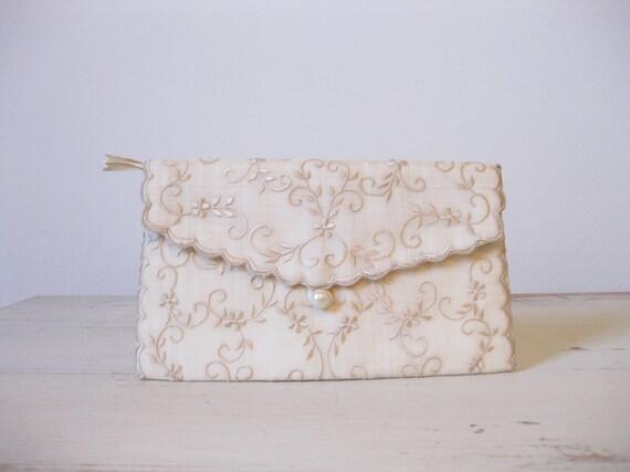vintage embroidered floral clutch
