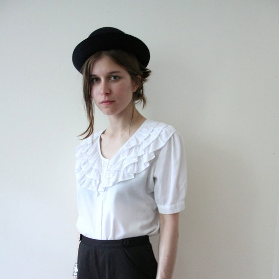Vintage 60s White Cotton Cropped Ruffled Top