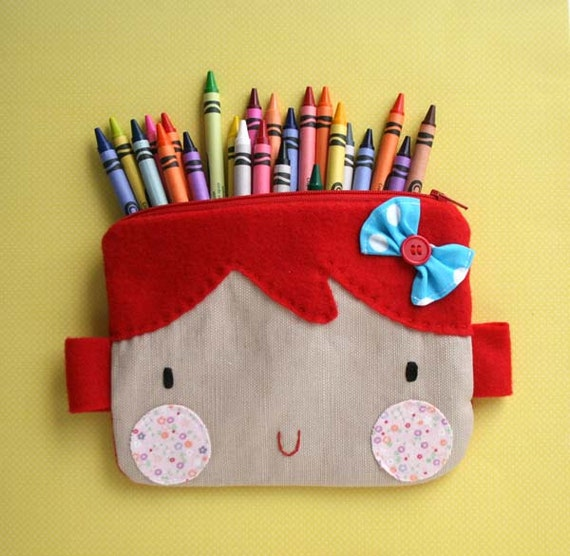 Red hair  sweet face zipper pouch